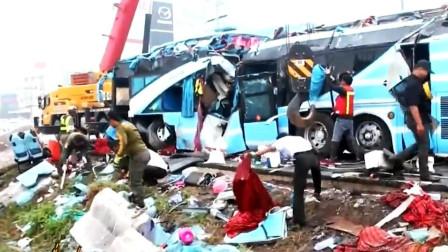 泰国一辆双层巴士发生车祸 已至6人近50人受伤