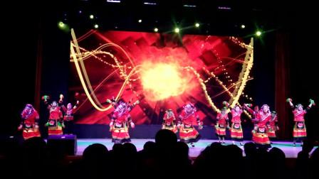 长江大学第二届教职工健身舞大赛农学院舞蹈队表演《阿西里西》
