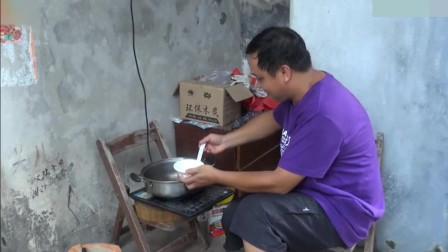 小伙自制养肾汤, 花不到5块钱, 7天后有神奇变化, 身体年轻20岁