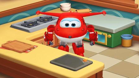 超级飞侠之乐迪中餐厅 乐迪大厨师做可口的青椒炒培根