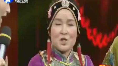 张晓英演绎戏曲小品吃鱼 没想到戏曲还能这么搞笑