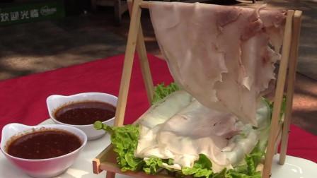 """真正的李庄白肉是什么样? 这才是真的刀工绝活, 豆腐上大刀片白肉——""""李庄白肉"""""""
