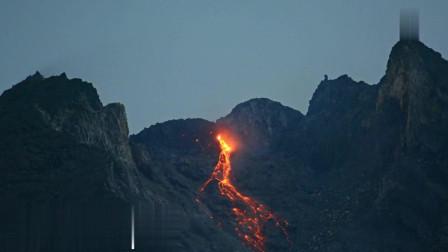 默拉皮熔岩穹丘, 12月, 炽热的岩浆倾泻而下