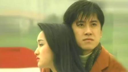 毛宁、杨钰莹重现《心雨》经典对唱引众人怀念, 眼神对视太温柔!