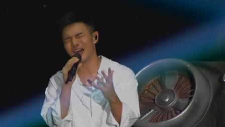 李荣浩作为演唱会嘉宾, 开口第一句, 观众就嗨爆了! 让主人情何以堪!