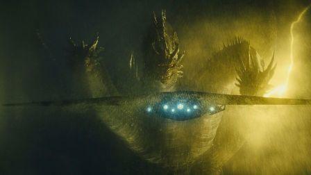 王者基多拉大战环太平洋怪物开菊兽