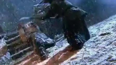 林冲风雪山神庙经典片段-八十万禁军教头被兄弟-被逼上梁山!