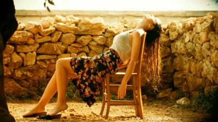 过分的美丽, 便是一种罪过《西西里的美丽传说》举手投足便是风情
