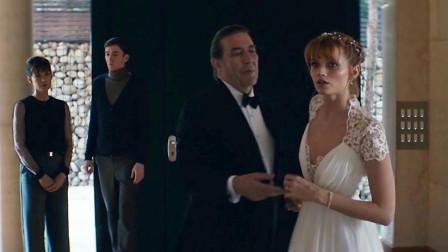 谷阿莫: 5分钟看完制造老婆再杀死的电影《收割伊莉莎白》