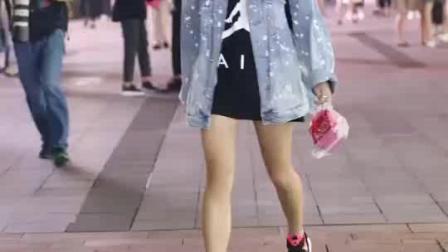 杭州美女街拍, 小姐姐走路好优雅, 笑得太可爱了
