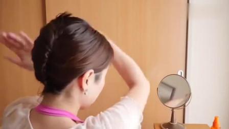 中年女人短发也能盘出优雅发型, 不用皮筋就能完成, 简单又好看