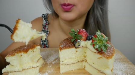不露脸小姐姐, 吃草莓慕斯蛋糕, 女孩子都爱吃这个