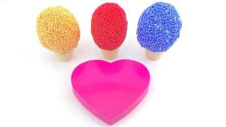 玩泡沫惊喜玩具假装冰淇淋杯与彩虹泡泡糖|孩子们的学龄前视频 | 学习颜色