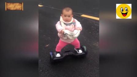 1岁萌娃玩平衡车走红: 平衡感超好 还会原地360度旋转