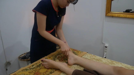 来看看越南专业的足底按摩, 舒筋活血, 失眠患者的福音