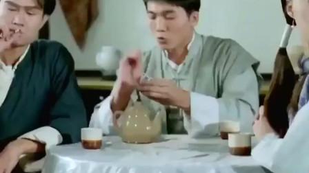 林正英-钱小豪主演的经典片子《驱魔道长》-经典!