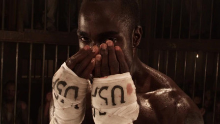 动作片里面涉及老美好像都是黑人拳击手啊! 看这个小伙厉害不!