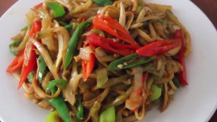 """大厨教你: """"榨菜炒杏鲍菇""""的家常做法, 营养均衡, 好吃下饭"""