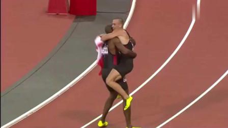 伦敦奥运会: 男子4x100米接力博尔特率牙买加36秒85世界纪录夺冠
