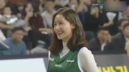 """少女时代林允儿现身职业篮球比赛开幕式试投""""一次命中"""""""