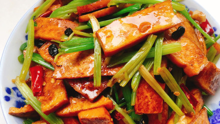 芹菜香干非常下饭, 怎么做才香干嫩, 芹菜脆, 简单易上手