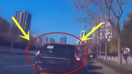 视频车主刚将车停在路边, 记录仪拍下比窦娥还冤屈的画面