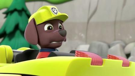 汪汪队立大功:小砾听到自己的车,是路马在驾驶呢!