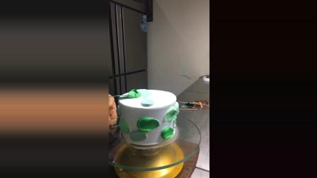 风味人间: 网红蛋糕制作, 也是最近很流行的一种抹面!