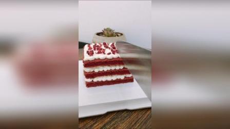 红丝绒淡奶油蛋糕 口感细腻 入口即化