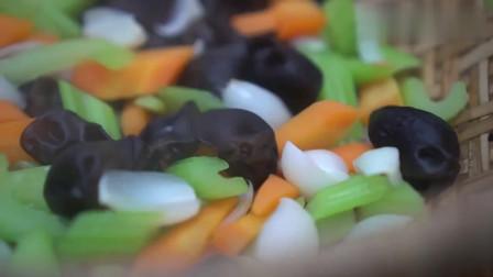芹菜炒百合做法, 潮州小炒档最常见的美食, 在家也能做