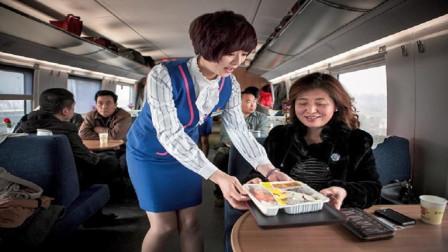 印度游客第一次体验高铁后, 竟提出这2个缺点, 网友听完一致赞同