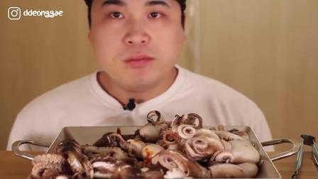韩国吃播大胃王胖哥, 吃超多迷你八爪鱼, 爆头和中国人学的吧