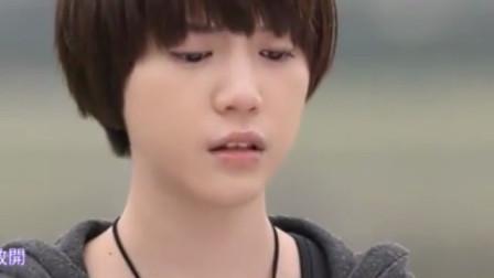 原来是美男啊: 黄泰京和自己母亲相遇, 对话却像陌生人?
