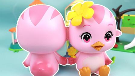 萌鸡小队萌鸡朵朵宝物盒玩具拆箱 一起看看萌鸡朵朵的家