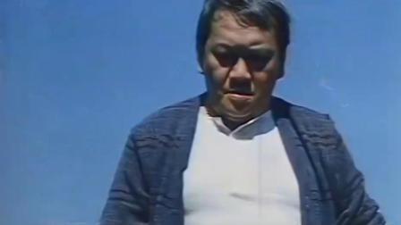 大叔上山挖坟,为了壮胆,一下抽了四根烟