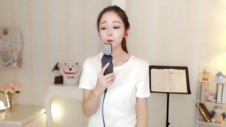 可爱的婧婧开口唱《魔鬼中的天使》, 嗓音独特, 情意绵绵!