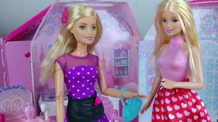 芭比娃娃来到了理发店, 她准备给自己做一个新的发型