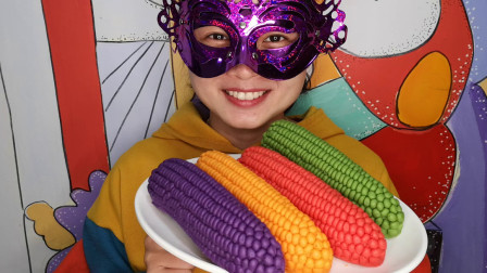 """小姐姐品尝""""立体玉米巧克力"""", 粒粒饱满有创意, 香甜丝滑好美妙"""