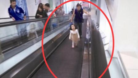 长沙一婴儿坐学步车翻滚电梯, 关键时刻兵哥哥飞身相救!