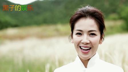 刘涛回老家吃货本性暴露 捧美食笑容甜美很少女