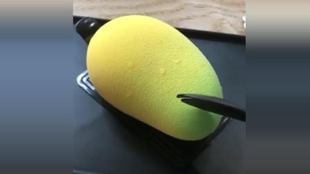 风味人间: 以为是一个芒果, 切开居然被骗了
