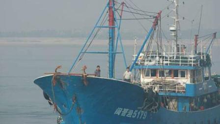 总有一些东西需要我们用生命去守护! 闽晋渔5179在钓鱼岛海域勇敢撞向日本巡洋舰