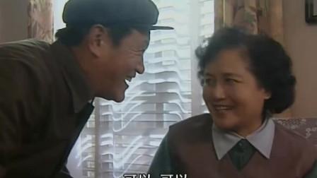 婆婆媳妇小姑: 乡下亲戚来婆婆家做客又带来一大群, 面都吃光, 厉害