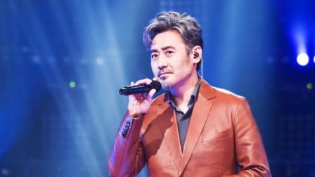 吴秀波用别具魅力的嗓音, 深情演唱了这首《儿时》, 惊艳跨界现场!