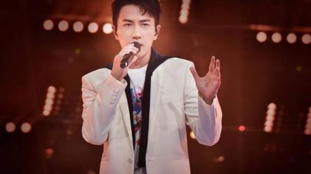 刘恺威离婚后, 专门为杨幂唱一首歌, 一开口感动全场