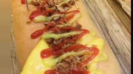 风味人间: 想吃火锅芝士年糕千层章鱼小丸子烤红薯炸鸡块蛋白糖寿司大虾热狗