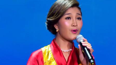 费玉清这首歌红了30年,如今被降央卓玛翻唱,台下的观众被惊艳到了