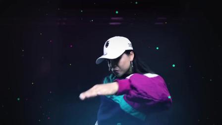 中国有嘻哈2届冠军,GAI  艾热 共同演唱《永不独行》