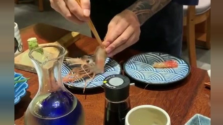 风味人间:牡丹虾的虾头真的太好吃了,以前都不吃的