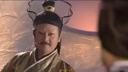 灭绝师太讨要屠龙刀,不料倚天剑也丢了,白眉鹰王看到眼都直了
